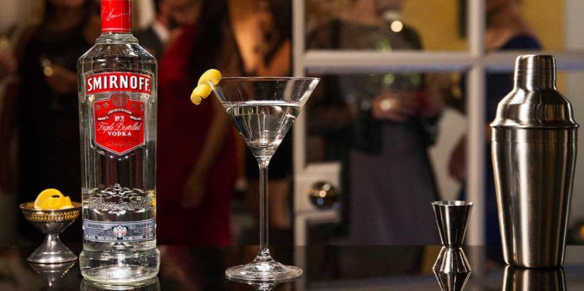 Smirnoff Vodka. A Világ Legnépszerűbb Italai 2017. GasztroMagazin