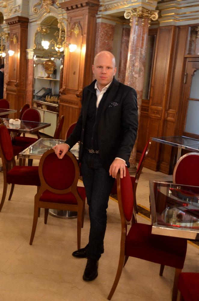 Kőrössy Zoltán ügyvezető partner, Eventrend Holding. A fotó a New York Kávéház Mélyvíz termében készült. GasztroMagazin 2018.