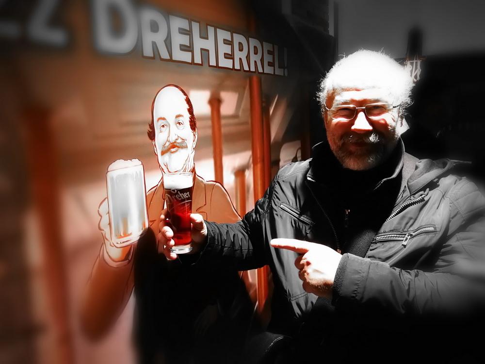 Sörözz Dreherrel! Remek Red Ale sör a Halloween napi sörgyári bejárásunk jutalma.