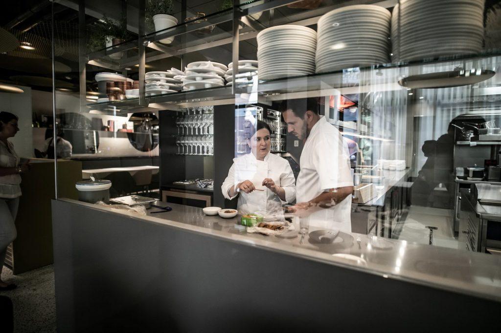 Szulló Szabina és Széll Tamás karácsonyi menüjét rendelhetik meg a Stand25 étteremben.