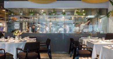 A Tand Étterem belső tere a Dining Guide felmérésének méltó illusztrációja. GasztroMagazin 2019.