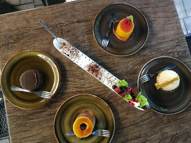 A legjobb magyarországi cukrászdák a Dining Guide ítészei szerint 2018-ban.