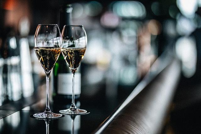 Terasznyitó pezsgős hétvégével köszönti a tavaszt a St. Andrea Wine and Skybar.