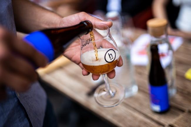 Hübris sörfőzde kóstolója a budapesti Bestia bárban