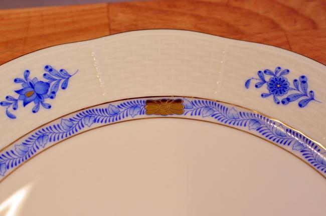 Az idei Anna-bál minden vendége valamennyi ételét a Herendi Porcelánmanufaktúra tányérjain kapja