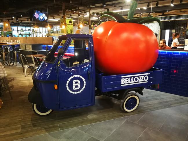 A Bellozzo jól ismert reklám autója is az Árkád Food Loft egyik attrakciója