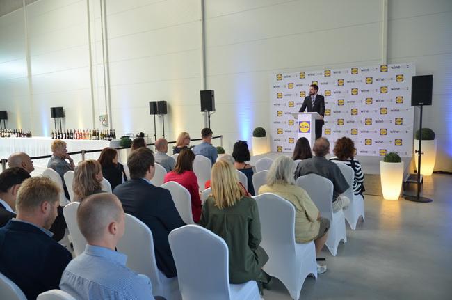 Magyar Levente, a Külgazdasági és Külügyminisztérium miniszterhelyettese a Lidl Bor Expo megnyitóján