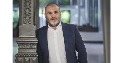 Herczeg Zoltán interjúja a GazstroMagazin hasábjain a Dining Guide TOP100 Étteremkalauz bemutatójáról. GasztroMagazin 2020.