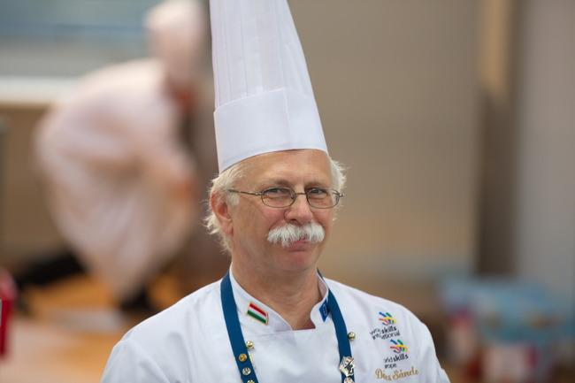 Dr Sándor Dénes, a Pro Gastronomia-díj alapítója. GasztroMagazin 2020.