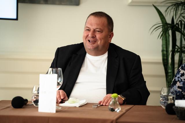 Csapody Balázs, a Kistücsök tulajdonosa, a világkiállítás gasztronómiai vezetője. GasztroMagazin 2021.