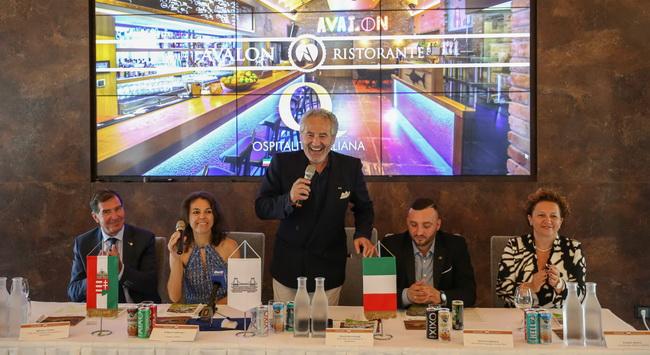 Az Olasz Kereskedelmi Kamara Ospitalitá Italiana díját nyerte el a 4. születésnapját ünneplő Avalon Park gasztronómiai egysége, a Ristorante Avalon. GasztroMagazin 2019.