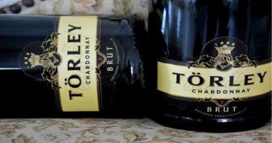 Törley Chardonnay, a verseny Champion nagydíjasa. GasztroMagazin 2021.