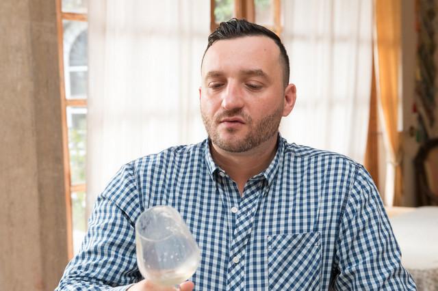 Bajusz Gergely, a miskolci Avalon Étterem munkatársa, az Év Szervízembere 2021.