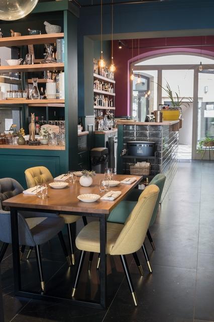 Bisztró42 Esztergom, az Audi Dining Guide Év Étterme Díj legjobb vidéki éttermeinek egyike. GasztroMagazin 2021.