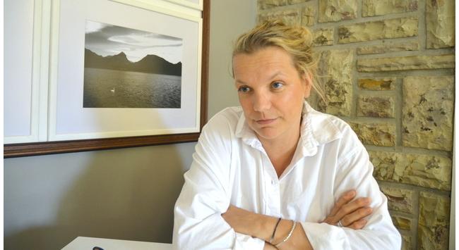 Rácz Lilla, a diósviszlói Brut Nature pezsgőkirálynő. GasztroMagazin 2021.