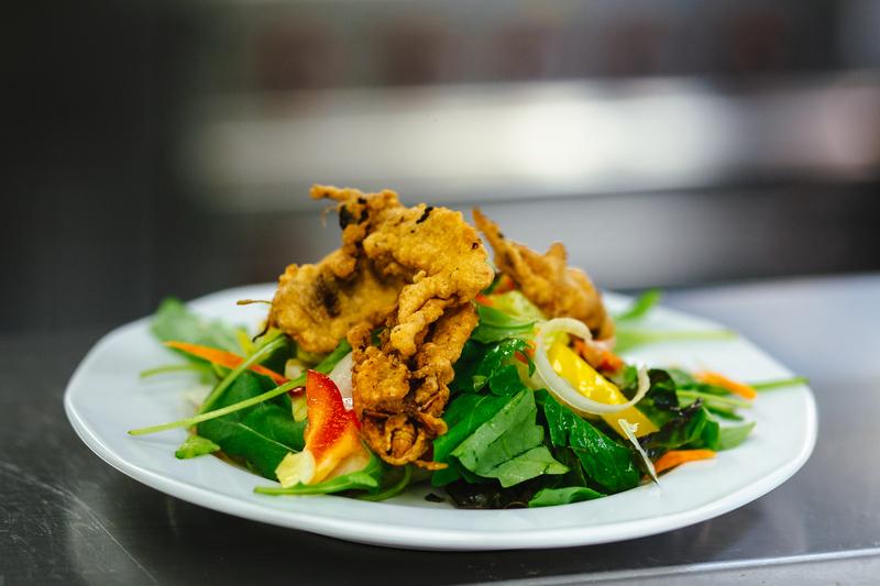 Fenntartható étrend: tücsök és bogár a tányérban. GasztroMagazin 2021.